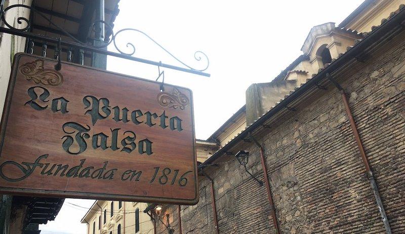 Restaurant La Puerta Falsa Bogota