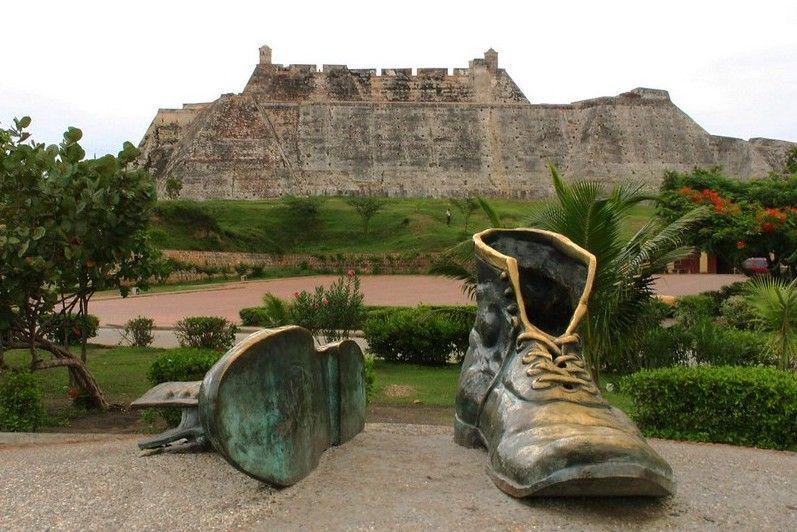 Monument Vieilles Chaussures Carthagene